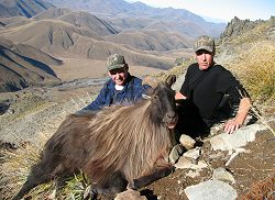 Kiwi Classic Hunt - Free Range Red Stag and Himalayan Bull Tahr.  Click for full details regarding this package.